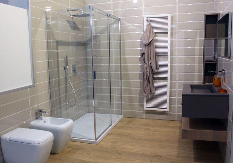 Sanitari e rubinetterie per ristrutturazione bagno e arredo Bagno a ...
